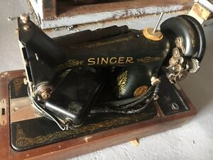 Antique  Singer 99-13 Sewing Machine for sale