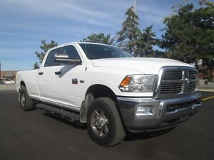 2011 Ram 2500 SLT CREW CAB 8 FOOT BOX 4X4 SIDE STEPS!