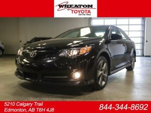 2014 Toyota Camry SE, Navigation, Leather Bolsters, Touch Screen