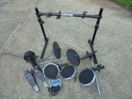 Behringer Electric Drum Kit HDS240 USB Model