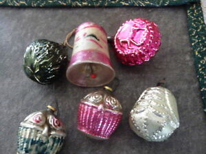 Lovely Collection 0f 6 Antique Feather Tree Christmas Ornaments