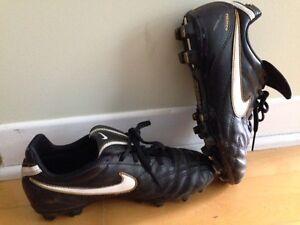 Souliers soccer Nike