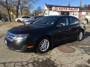 2011 Ford Fusion Autmatic/Gas Saver/AUX/Certified