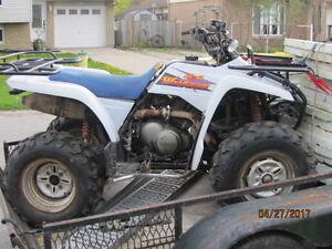 4 x 4  ATV