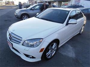 2009 Mercedes-Benz C300 Leather Sunroof  White ONLY 87,000km
