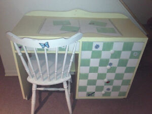Hand Painted Kids Butterfly Desk with Tea Table and Chairs