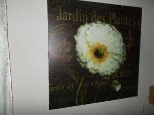 CANVAS FLOWER - PARIS THEME WALL ART