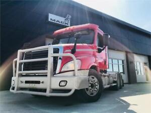 Used 2013 Freightliner Cascadia with WET KIT!!!!