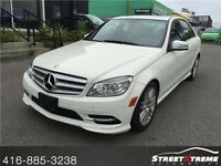 2011 Mercedes Benz C250 - w/ SUNROOF, AWD, PARKTRONIC, LEATH!!!!