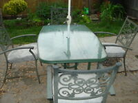 Patio Table, Umbrella, Stand, Base, 4 Chairs w/cushions