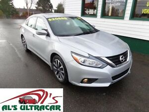2016 Nissan Altima 2.5SV w/ sunroof only $158 bi-weekly all in!