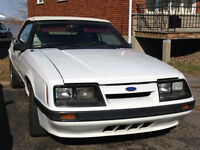 Ford Mustang convertible 1986