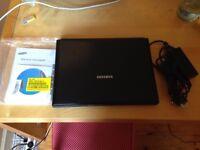 Laptop Samsung R70-Aura without internal HDD - German Keyboard - power adapter with European plug