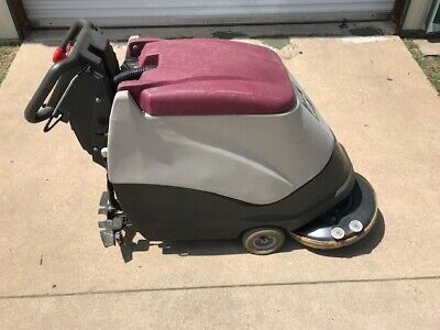 Minuteman 200 Self Propelled Autoscrubber With Battery Charger