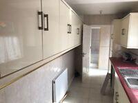 4 BEDROOM HOUSE TO LET UNFURNISHED