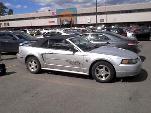 2004 Ford Mustang V6 3,9L Cabriolet Édition Spécial