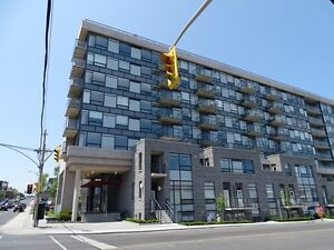 LOVELY 2 BDRM CONDO WITH GREAT DOWNTOWN VIEWS! 121-313 Queen St