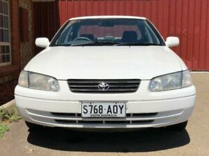 1998 Toyota Camry MCV20R Conquest White 4 Speed Automatic Sedan