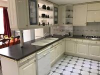 Very Large Double Room Available to Let in Mitcham