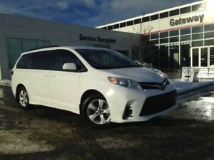 2018 Toyota Sienna LE 8-Pass Backup Cam, Multi-Zone Climate Cont
