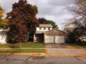 Lovely 3 bed house for sale - Great Brimley & Mcnicoll Location