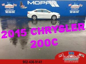 2015 Chrysler 200 C Loaded Sunroof, Leather, Navigation