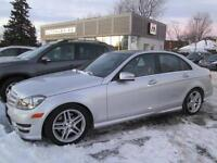 2012 Mercedes C300 TOIT PANOR. NAVIGATION CUIR 4MATIC 94,000KM