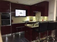 Ex Display Crown Handless Kitchen