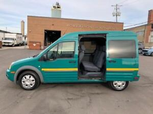 2010 Ford Transit Connect Wagon XLT **5 PASSENGER-ONLY 70KM**