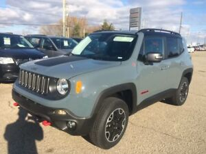 2017 Jeep Renegade Trailhawk Save $5500!!!  Remote Start!!!!!