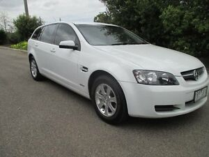2009 Holden Commodore VE MY09.5 Omega White 4 Speed Automatic Sportswagon Hoppers Crossing Wyndham Area Preview