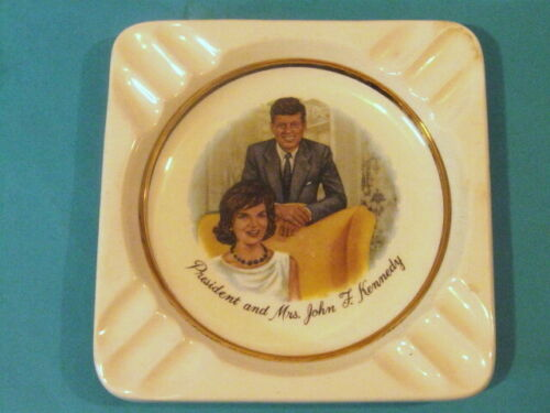 Vintage Collectable President & Mrs. John F. Kennedy Ashtray Jackie JFK 1960s.