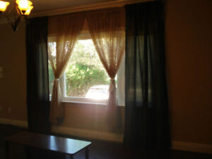 ONE FURNISHED ROOM ON MAIN FLOOR@YONGE&STEELES AREA MAY RENT