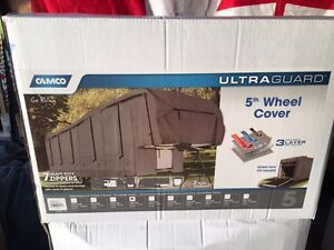 Camco 28-30 ft Fifth Wheel cover
