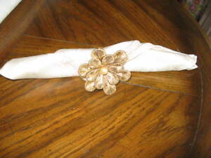 New Very Decorative Floral Napkin Holders for Dinner Parties