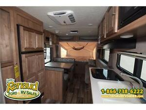 NEW 2017 Forest River Shamrock 19 Hybrid Travel Trailer Windsor Region Ontario image 14