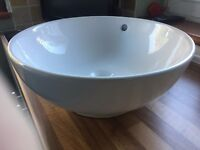 Nearly new Counter Top Basin 400mm in diameter.