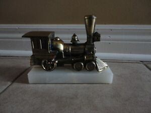 Solid brass marble base train decorative statue accent London Ontario image 1