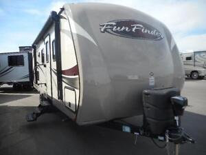 FUN FINDER 242 BDS Light Weight and Double Bunks