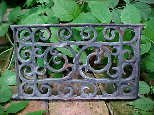 ANTIQUE VICTORIAN CAST IRON GRATE GRID PANEL ORNATE PORCH VENT ARCHITECTURAL