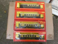TRIANG/HORNBY RAKE OF PULLMAN COACHES
