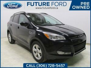 2014 Ford Escape SE- SERVICED HERE FROM NEW- PST PAID
