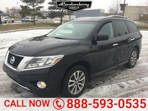 2014 Nissan Pathfinder AWD SV Accident Free,  Bluetooth,