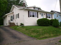 Centrally located bungalow in Sackville Available Aug 1