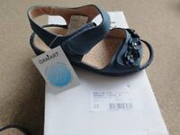 Brand new unusued Damart cushion air blue leather sandals. Size 3