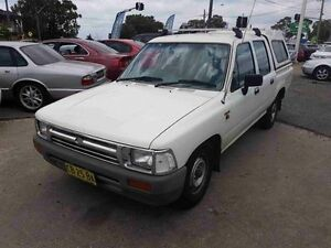 1994 Toyota Hilux RN90R DX White 5 Speed Manual Extracab Greenacre Bankstown Area Preview