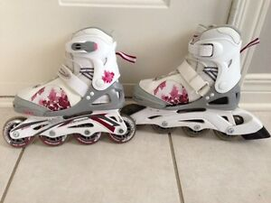 Rollerblades adjustable from size 1 to 4