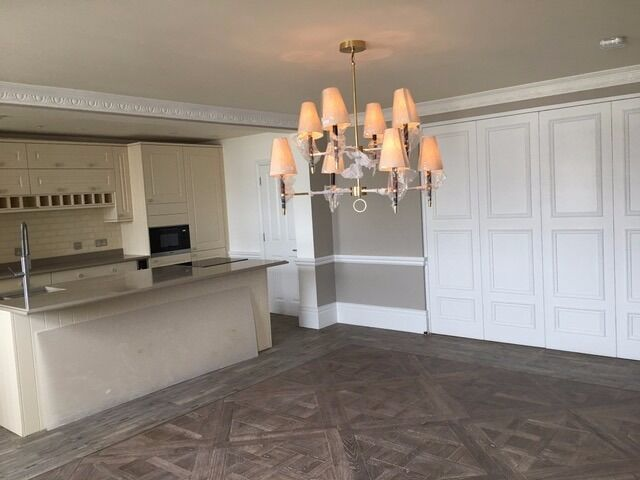 ***AMAZING 3 BEDROOM APARTMENT IN HOLLAND PARK W11***