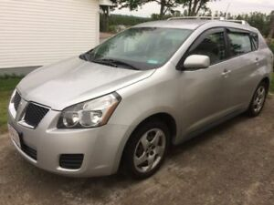 2009 Pontiac Vibe Hatchback - Take a look and make an offer!