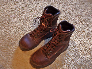 Red Wing Safety insulated winter steel toed boots Mens size 10.5